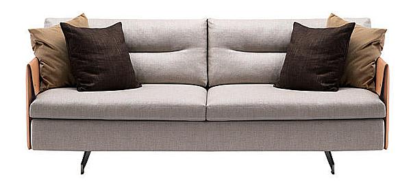 Couch POLTRONA FRAU 5572211 La Collezione