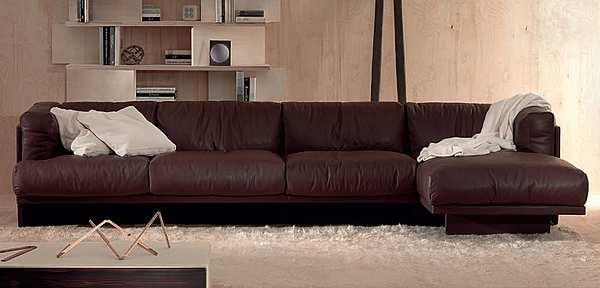 Couch POLTRONA FRAU Polo Le Icone