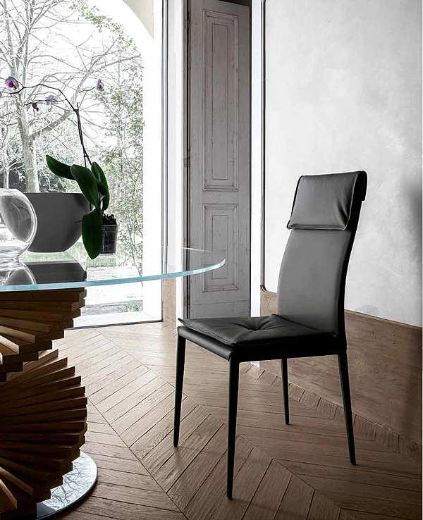 Der Stuhl TONIN CASA ADRIA - 8041 Modern Collection