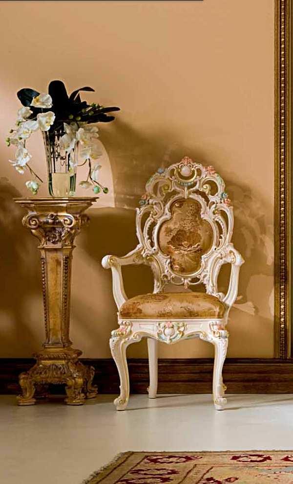 Der Stuhl SILIK Art. 998 0 LO STILE DI CLASSE