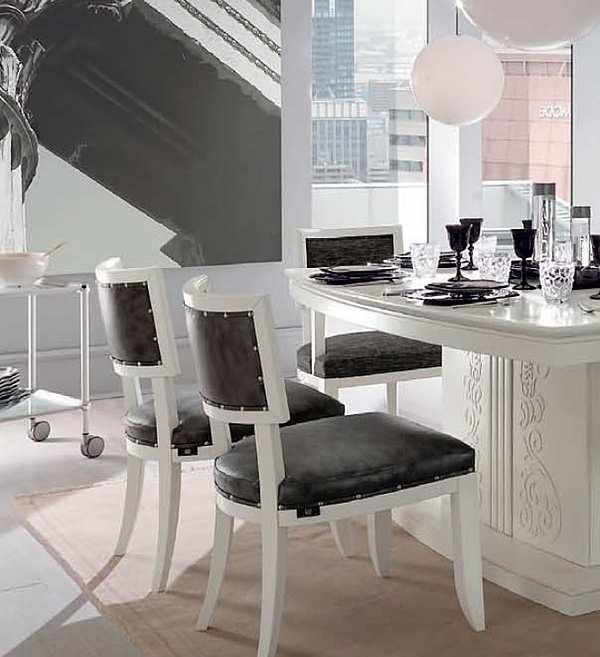 Der Stuhl FRANCESCO PASI 6044 NEW DECO