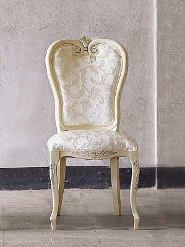 Der Stuhl VOLPI 0235 Classic Living