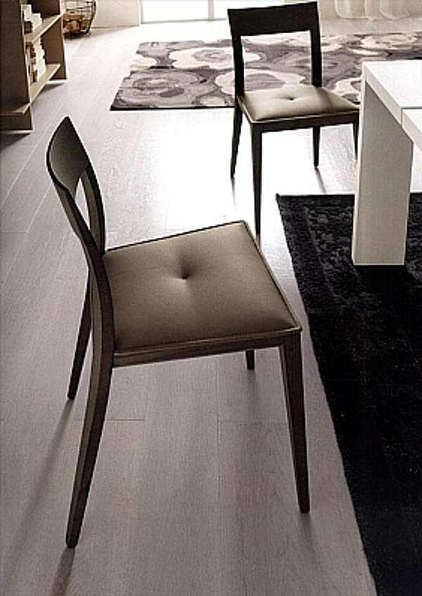 Der Stuhl ALF KARINAC Complementi