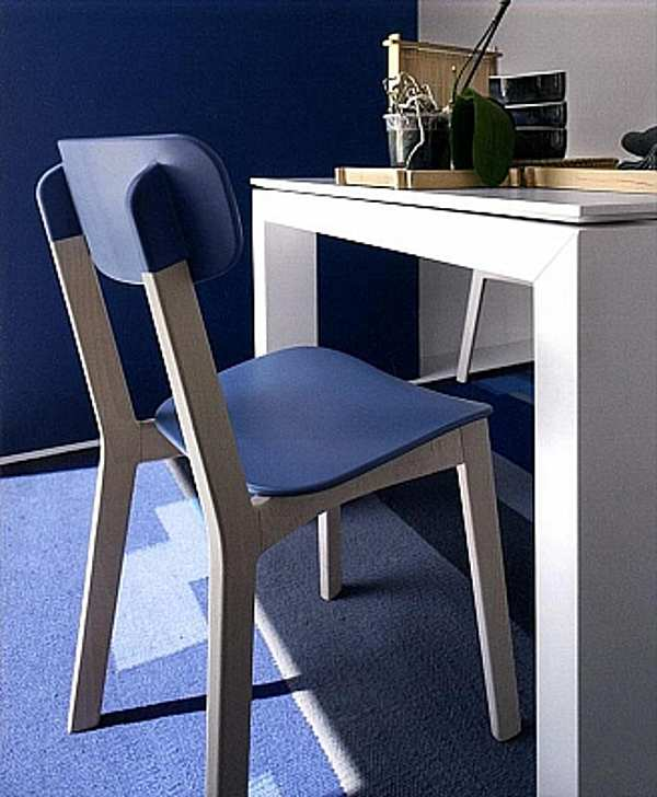 Der Stuhl CALLIGARIS CS1369 News Estate 2012