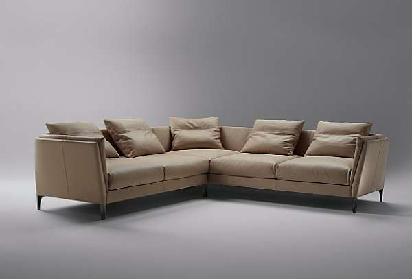 Couch POLTRONA FRAU Bretagne Le Icone