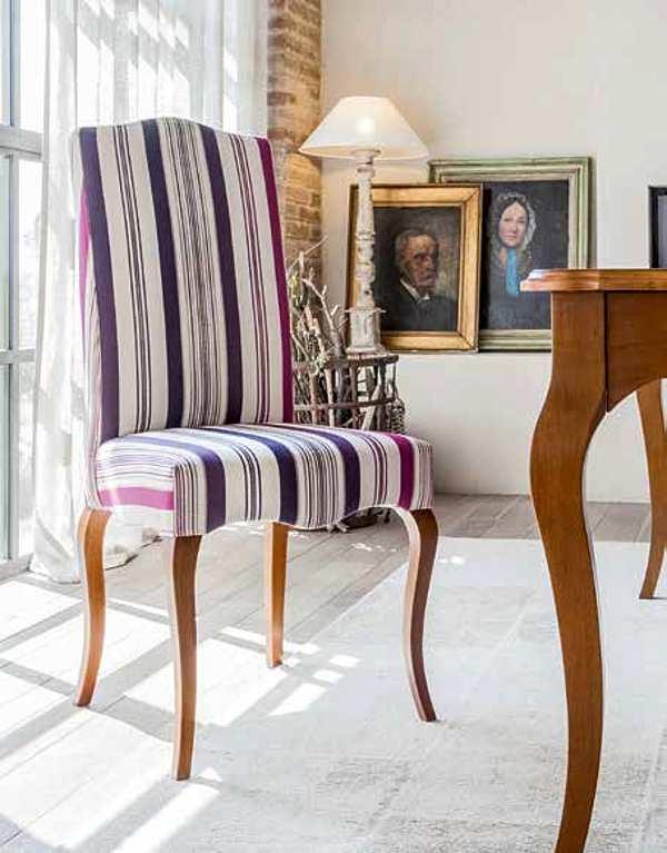 Der Stuhl TONIN CASA MANOLIA - 1143A Le Fleur