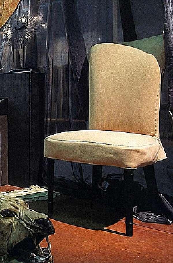 Der Stuhl BAXTER Levante DUE