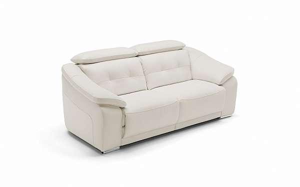 Couch NICOLINE SALOTTI RAFFAELLO PICCOLA SARTORIA HISTORY