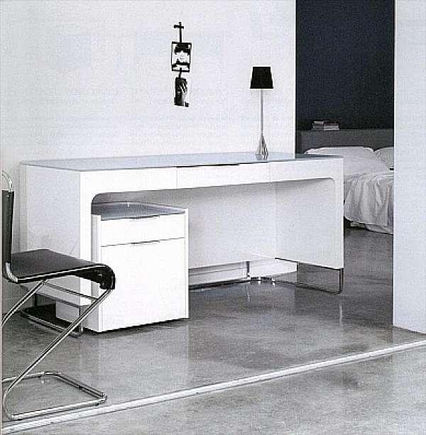 Schreibtisch LIGNE ROSET 008LGJ10 Tavoli complementi