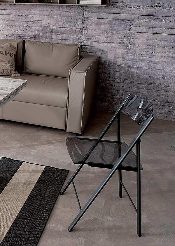 Der Stuhl Ozzio S215 | RIPIEGO Easyline
