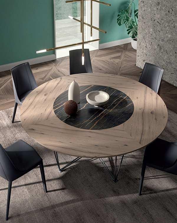 Tisch Ozzio T249 / GRANT