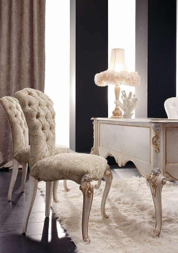Der Stuhl VOLPI 1229 Classic Living