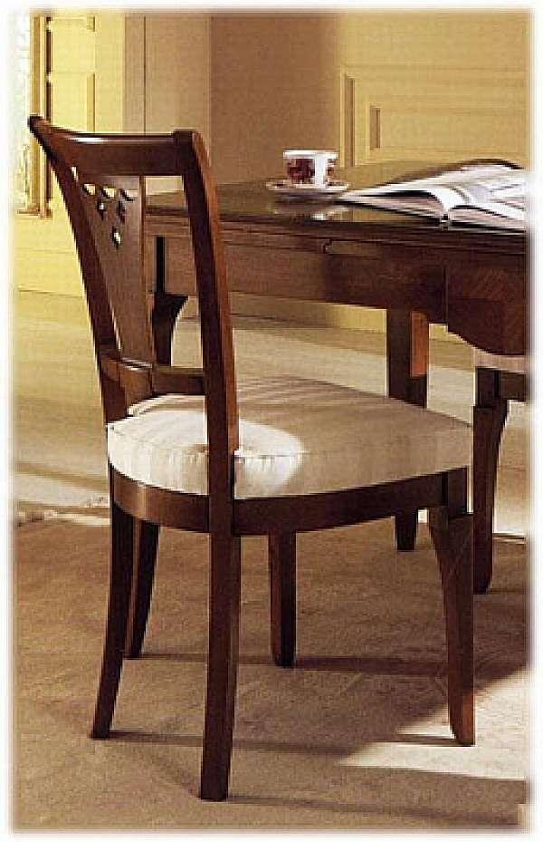 Der Stuhl MIRANDOLA B609 Lazise